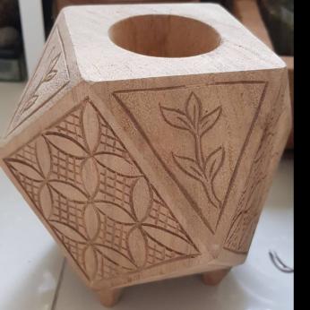 Wooden hexagonal tillandsia/succulent planter