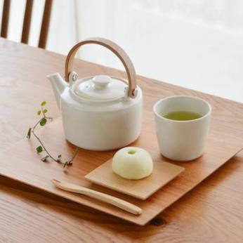 Yamasakura - serving plate (tray) square