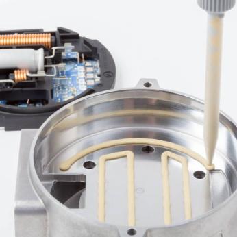 ELASTOSIL® RT 675 Flowable Potting for Thermal Management