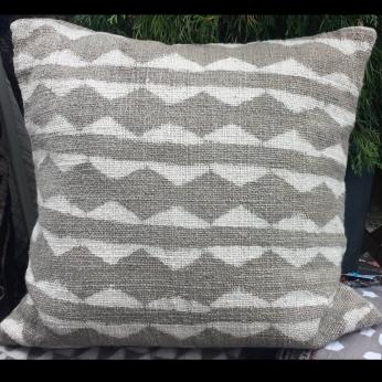 "cushion cover TOTEM - mudresist blockprint naturaldye handspun handwoven khadi cotton  20"" / 24"" / 28"""