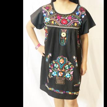 Puebla women dress