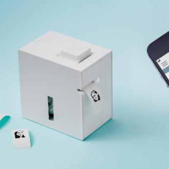 KING JIM TEPRA Lite Features Compact, palm-sized label printer