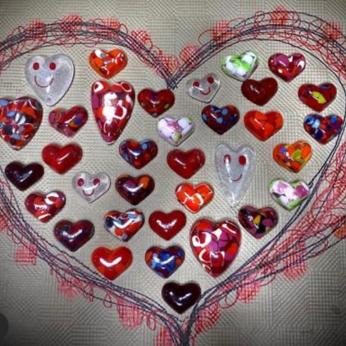 Cast glass Heart little paperweights