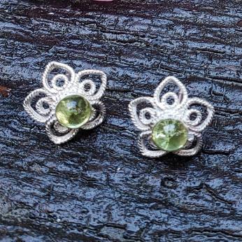 Mahpee stud earrings