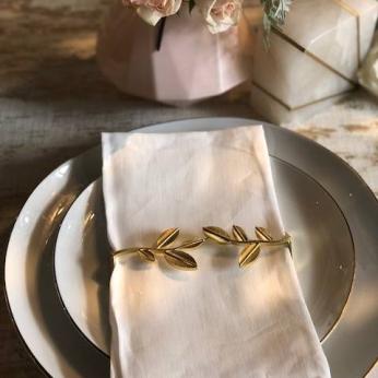 Leaf Napkin Wrap