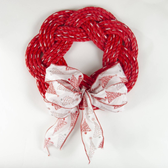 CHRISTMAS SAILOR WREATH WITH BOW- DORY RED
