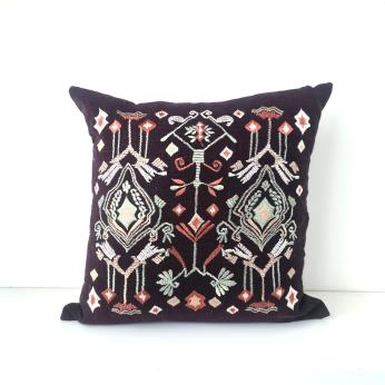 Toraja Diamonds Cushion Cover