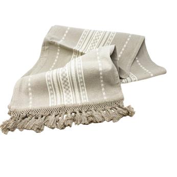 Pedal loom table cloth