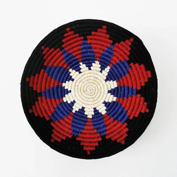 Multicolored flower woven wall basketMulticolored flower woven wall basket
