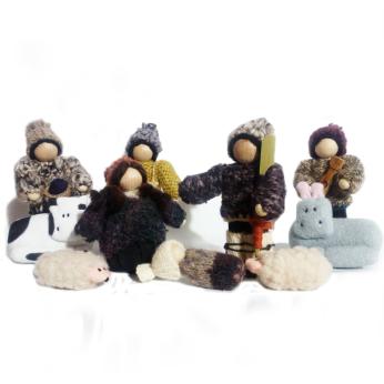 Tatitu Nativity Manger Chilote