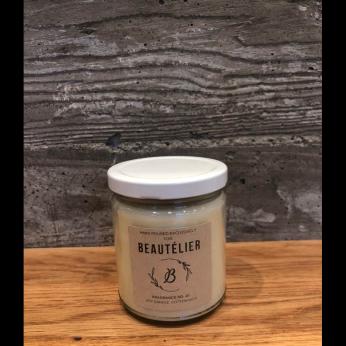 Sea Salt, Jasmine, Wood, Sweet Cream Candle