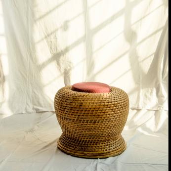Rattan Lacing Moorah with Cushion