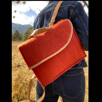 Convertible Shoulder Bag / Backpack