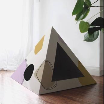 'Abstract' Cardboard Cat Pyramid