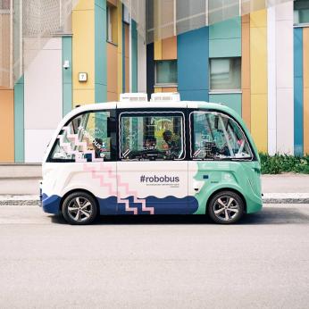 Autonomous driving & connected vehicles