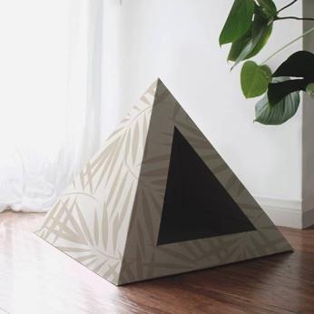 'Neutral Palm' Cardboard Cat Pyramid