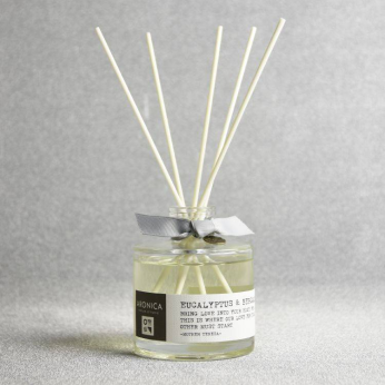 Modern Chic Essential Oil Reed Diffuser