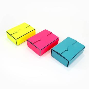 Rectangle Self-Closing Box