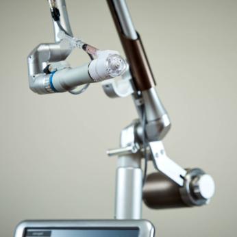 needle-free injector
