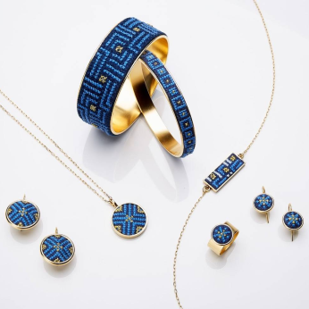Arabesque Glow Jewellery Collection in Gold