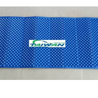 Foam foldable play pad