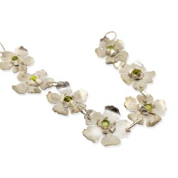 Yamka sterling hibiscus flower bracelet