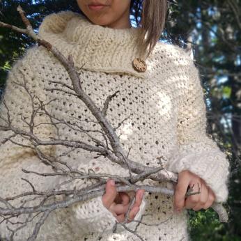 Natural wool XL sweater